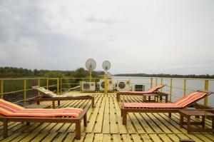 Hotel-plutitor
